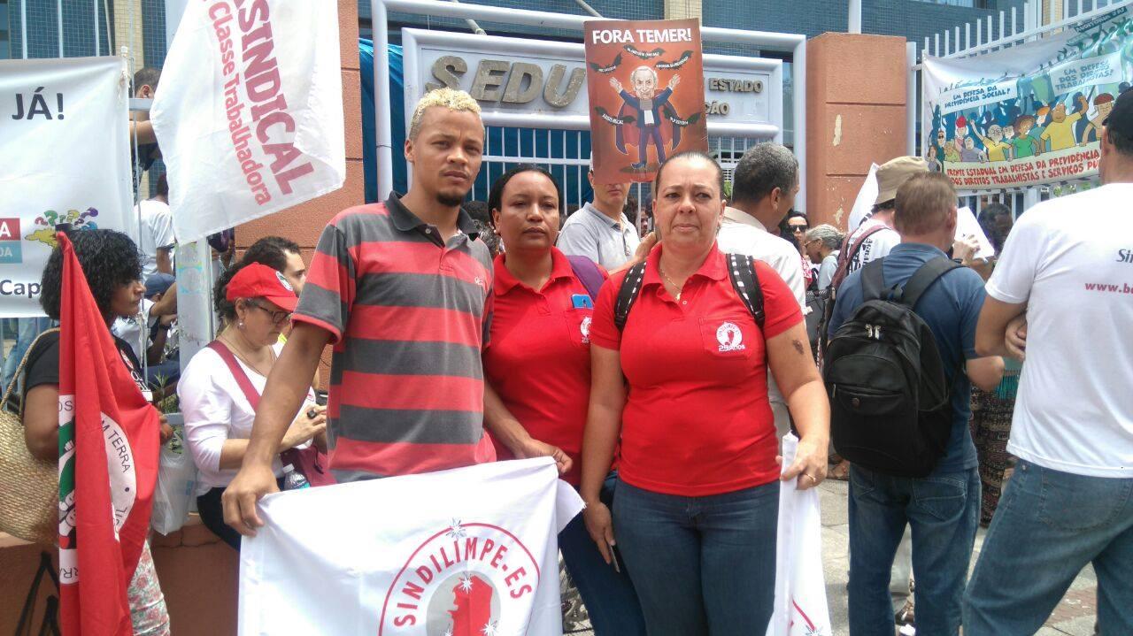 """Contra a PEC do Fim do Mundo, Sindilimpe-ES marca presença no """"Dia Nacional de Protestos e Greves"""""""