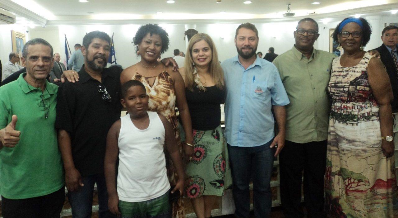 Diretora do Sindilimpe-ES é homenageada em Cachoeiro de Itapemirim